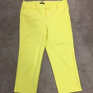 🇨🇦$25 or2/$30💋Bright Yellow Ankle Cropped Pants